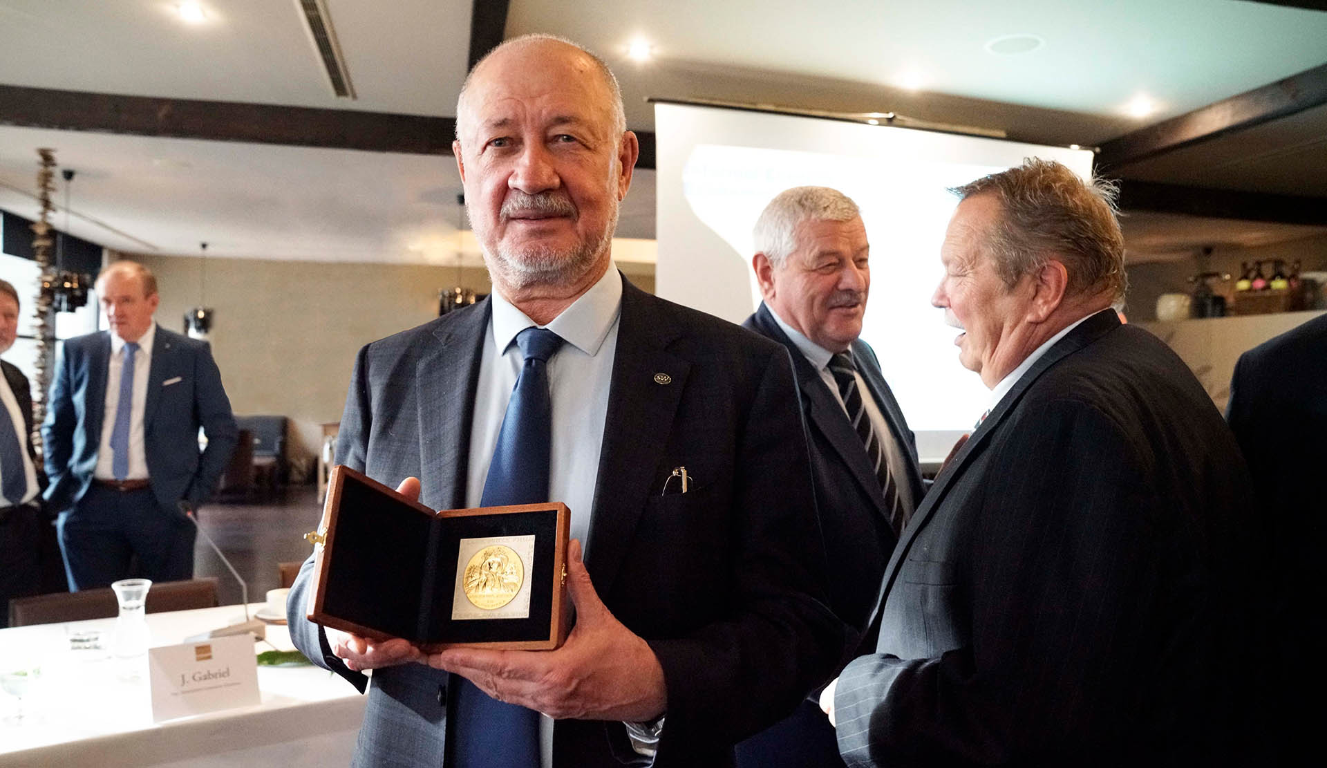 Anatoly Yunitskiy Was Awarded the International Peace Prize from Slovakia